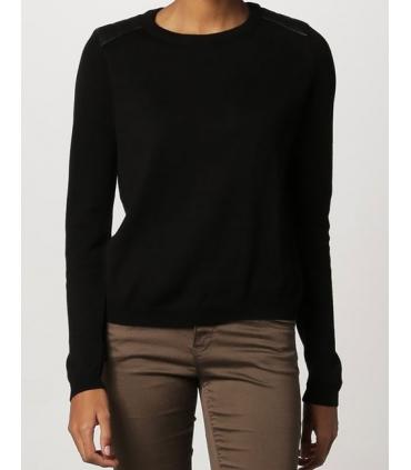 Bluza casual neagra cu insertii de piele  - 4