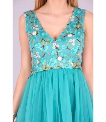 Rochie verde cu broderie multicolora si bust buretat  - 5