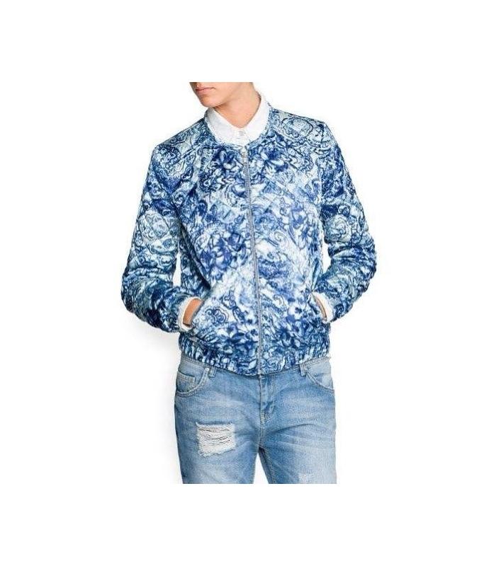 Bomber jacket alba cu imprimeu floral albastru  - 1