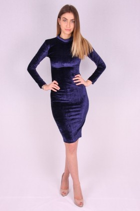 Rochie de catifea albastra mulata pe corp  - 1