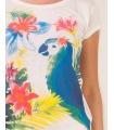 Tricou alb imprimat cu un papagal multicolor  - 1